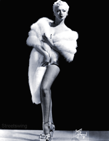 Zorita Vintage Burlesque dancer photo 1